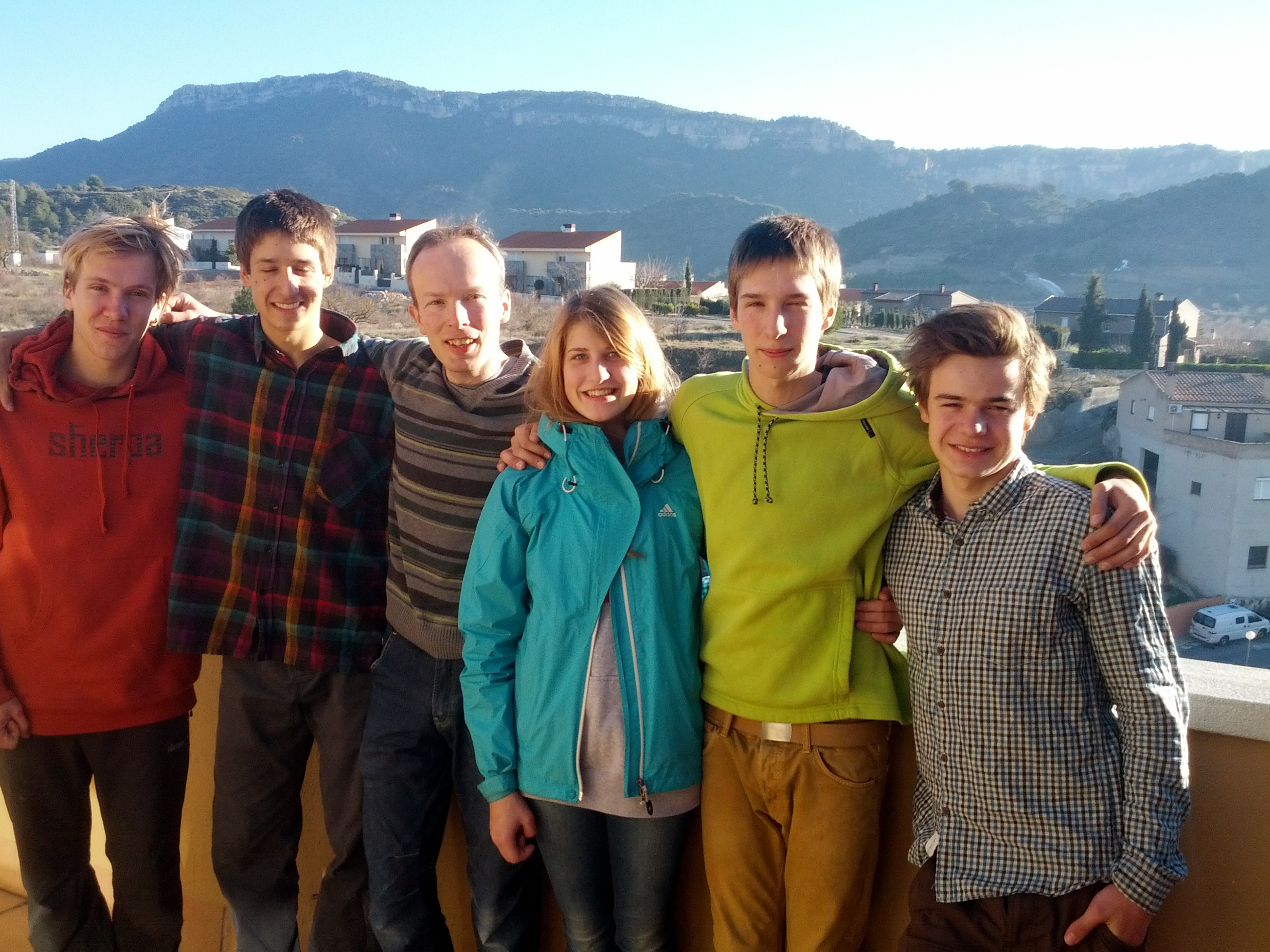 Ed,David,Ted,Irina,Ruben and Jakob in front of Siurana rocks (left to right)