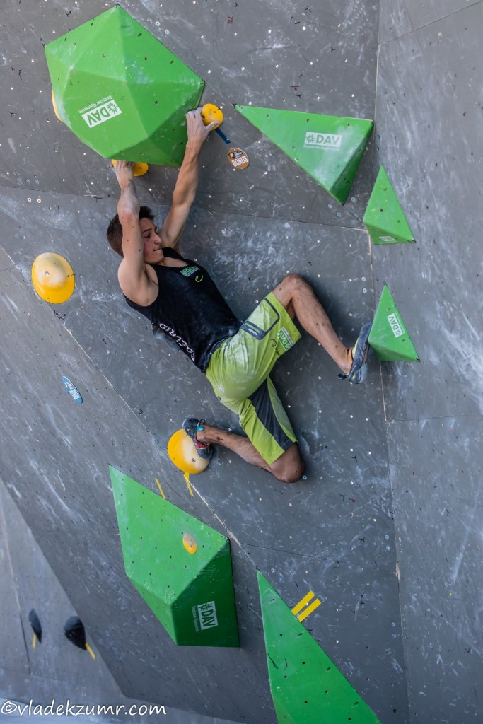 David in spider-style in the semi-final of the Boulder World Cup in Munich 2016 (c) Vladek Zumr