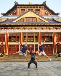 Ruben with German climbing team members Max Prinz and Yannik Flohe in front of a chinese temple  during the Youth World Champs in Guangzhou in Southern China